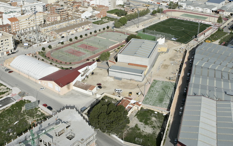 Esports ajuntament castalla for Piscina municipal alicante